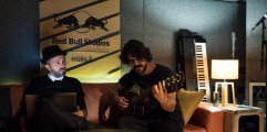 samuel-mannarino-red-bull-studio-mobile-1