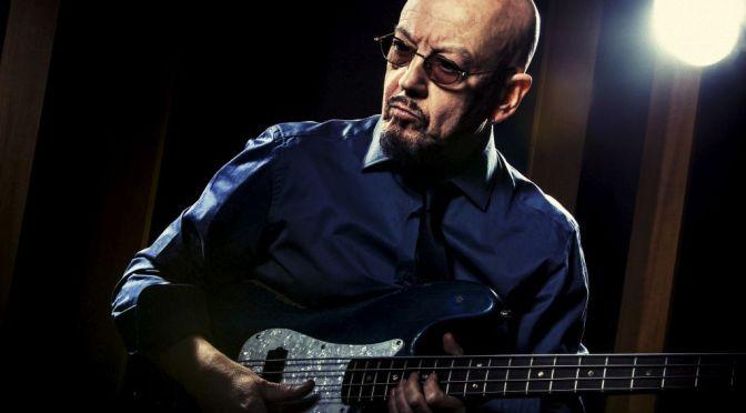 ENRICO RUGGERI   In tour in tutta ITALIA con due diversi show tra TEATRI e CLUB