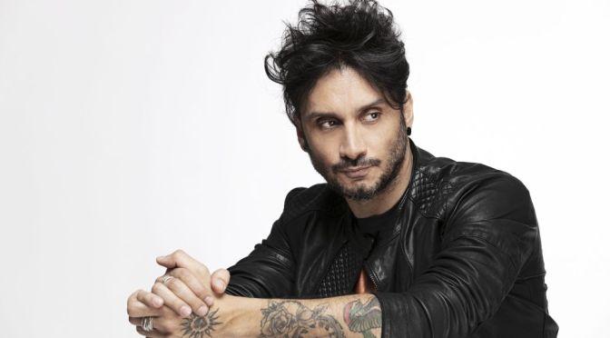 """FABRIZIO MORO: in radio il singolo """"FIGLI DI NESSUNO (AMIANTO)"""" feat. ANASTASIO."""